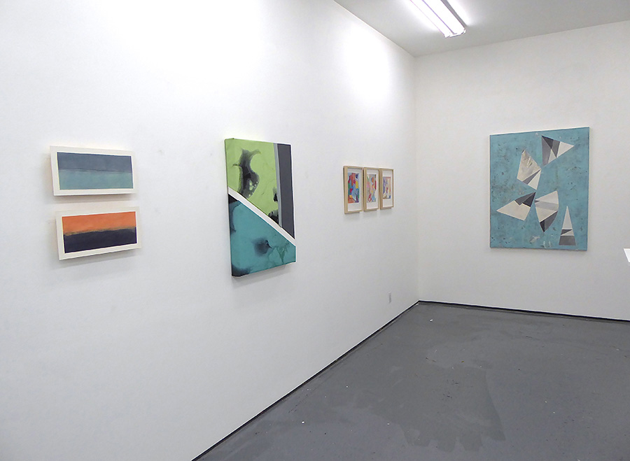 ABSTRACT CONNECTIVITY Show January 2019 @ Lichtundfire gallery view